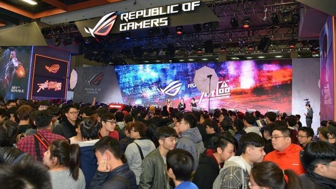 台北電玩展每年聚集超過 30 萬參觀人次,屬高度傳播風險的大型室內活動。(圖:台北電腦同業公會提供)