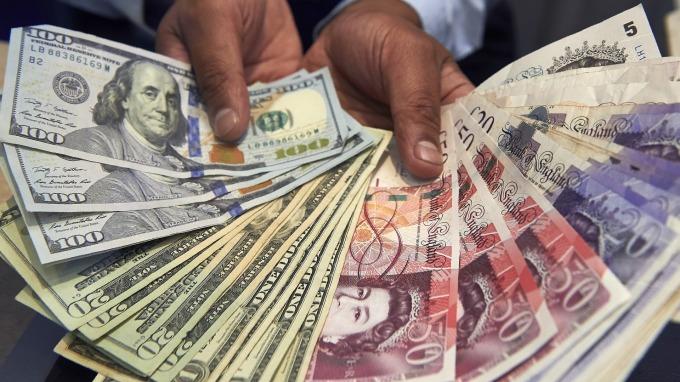 〈紐約匯市〉2兆美元紓困案達協議 美元續跌 英鎊澳幣強漲(圖片:AFP)