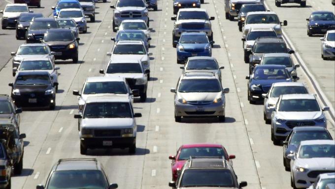 調研機構:美國3月份新車銷量恐銳減40%(圖片:AFP)