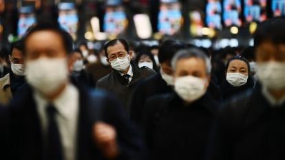 日本日立、JDI配合防疫 宣布員工在家上班 (圖片:AFP)