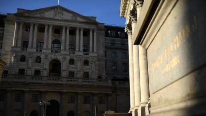 英國央行利率維持0.1% 英鎊露曙光回彈(圖片:AFP)