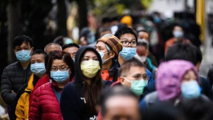 武漢肺炎疫情更新:美國躍居感染肺炎人數第一 中國28日起「封國」(圖片:AFP)