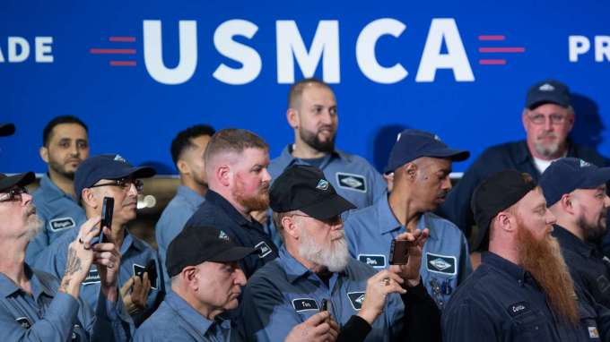 規則不明再加肺炎影響 墨國汽車業盼USMCA延後生效 (圖片:AFP)