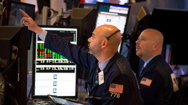 市場波動尚未結束? 伊爾艾朗:投資人應更關注個股(圖片:AFP)