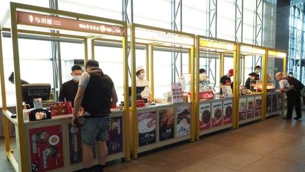 高鐵台中站推「高鐵嚴選 便當市集」,搶外帶商機。(圖:高鐵提供)