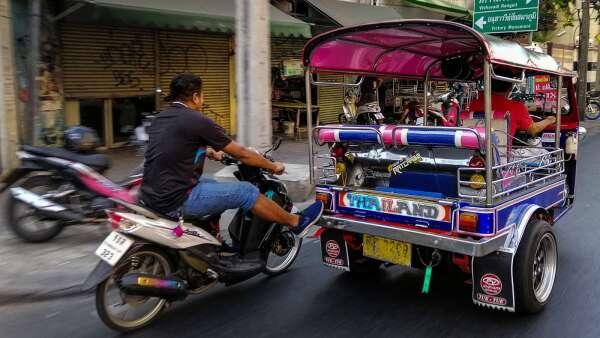 繼貿易戰、武漢肺炎 世銀警告:亞洲發展中國家恐面臨第三波衝擊 (圖:AFP)
