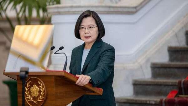 總統蔡英文今 (1) 日發表敞廳談話。(圖:總統府提供)