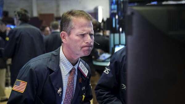 市場瘋搶安全資產的亂象:貨幣市場基金拒絕新資金進入 (圖:AFP)