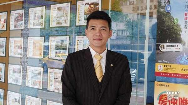 永慶房屋業管部資深經理謝志傑。(鉅亨網記者張欽發攝)