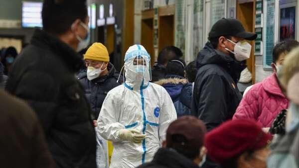 彭博引述美國機密報告:中國疫情數據造假 (圖:AFP)