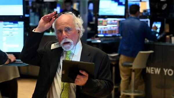 對疫情擔憂趨緩 美股道瓊期貨上漲逾600點(圖:AFP)