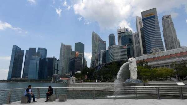對抗疫情 新加坡再追加35億美元的經濟支出(圖片:AFP)