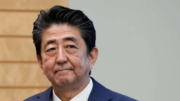 安倍承諾祭108兆日圓刺激方案 約佔日本GDP的20% (圖:AFP)