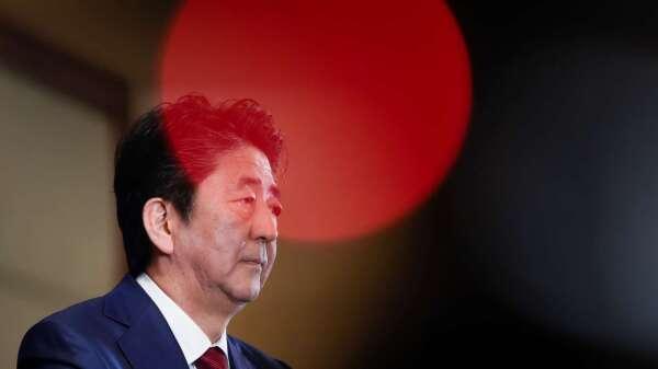 日本宣布:東京等7大行政區正式進入「緊急狀態」 (圖片:AFP)