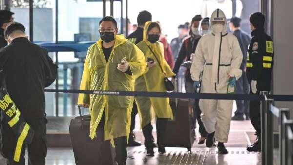 武漢解封後:專家憂無症狀感染者恐引發第二波疫情 (圖:AFP)