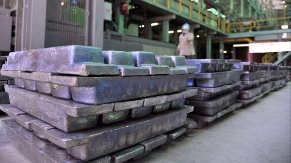 〈分析〉金銀比都爆表了 白銀真的漲不動嗎?(圖:AFP)