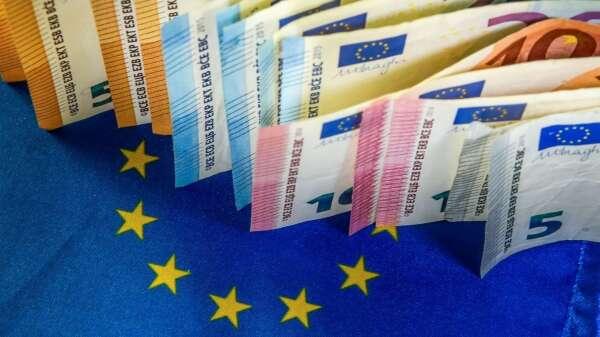 5400億歐元抗疫紓困措施 歐盟財長達成共識 (圖:AFP)