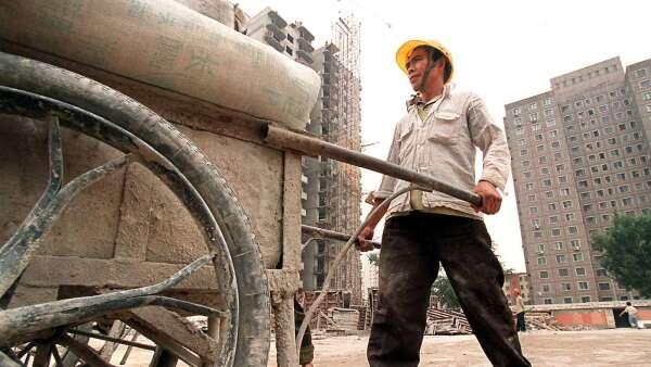 水泥限產政策持續 中國水泥業迎暖風(圖片:AFP)