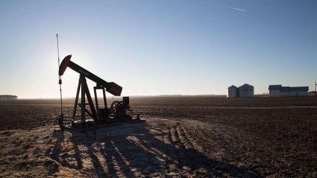 川普眼中的巨大協議幫助有限 美國頁岩油生產商恐難逃噩運(圖:AFP)