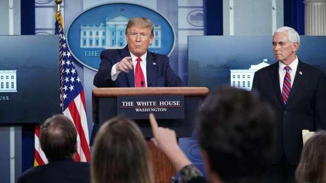川普:希望提前重新開放美國 不打算開除Fauci(圖:AFP)