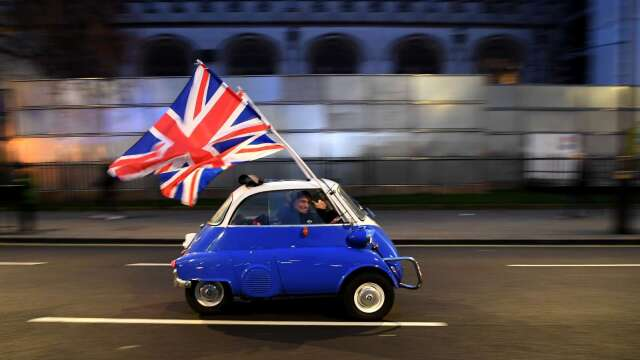 估政府延長封鎖!英國Q2 GDP恐暴跌35% 失業率飆至10% (圖:AFP)