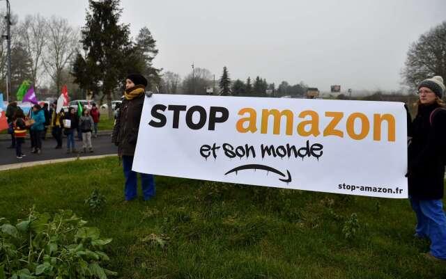 法國民眾呼籲停止亞馬遜購物行動(圖片:AFP)