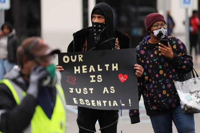 亞馬遜員工抗議工作環境的健康條件不足(圖片:AFP)