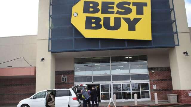 防疫購物需求冷卻 百思買5.1萬員工走上無薪假之路 (圖片:AFP)