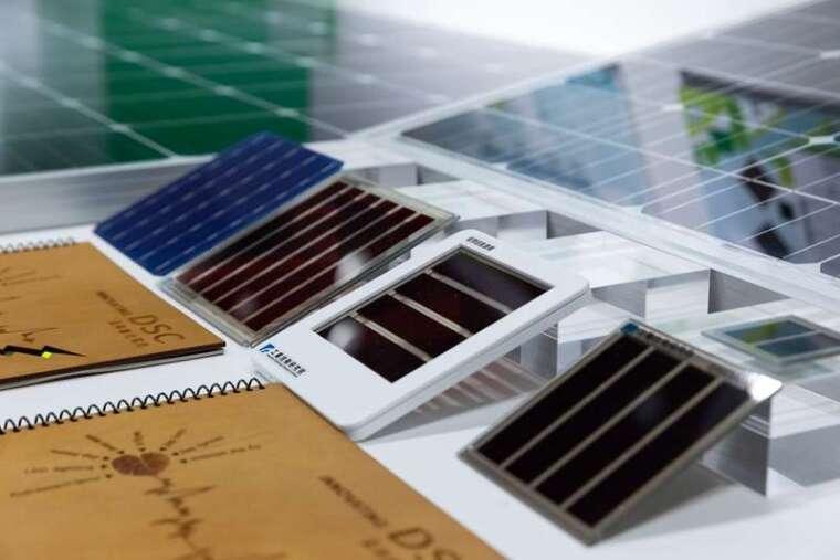 台塑與工研院合作,研發出弱光也能發電的「染料敏化電池」,於示範場域建立全球第一條試量產線,年產能達 12 萬片。