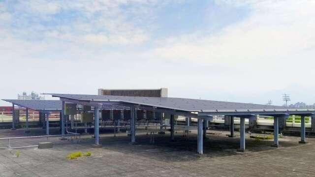 國泰世華一年發電逾12萬度!太陽能分行再添生力軍。(圖:國泰世華銀行提供)