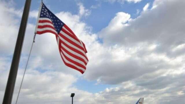 失業補助申請爆量增長 美國州政府資金走向枯竭? (圖:AFP)
