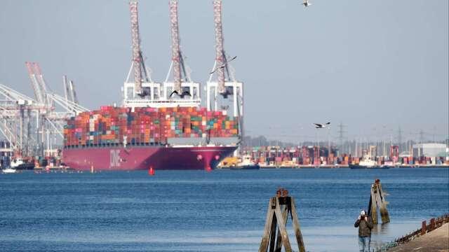 國際海運公會:未來幾個月全球貨櫃運輸量將下跌30%(圖片:AFP)