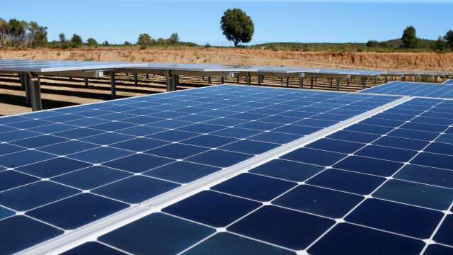 空氣轉好推升太陽能發電量(圖片:AFP)