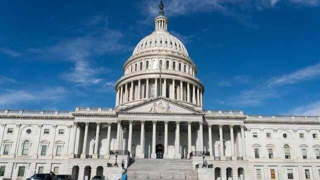 美國國會預算辦公室:今年GDP將萎縮40% 預算赤字達3.7兆美元(圖片:AFP)