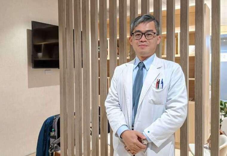 北榮新竹分院主治醫師林明燈表示,利用光照改善病患因季節而產生的憂鬱狀態。