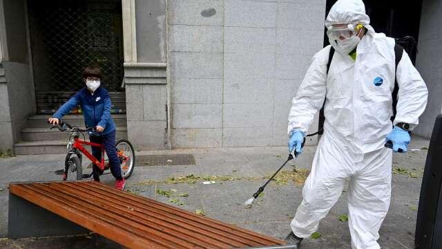 西班牙宣布三階段重啟計畫 5月4日起餐廳可外帶 (圖:AFP)