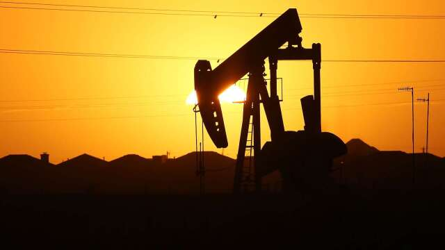 〈能源盤後〉疫情露曙光 經濟重啟在即 原油收高 WTI漲22%(圖片:AFP)