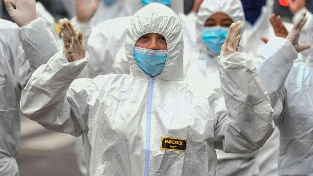 臉書祖克柏:太早重啟公共場所 疫情鐵定停不了!(圖片:AFP)