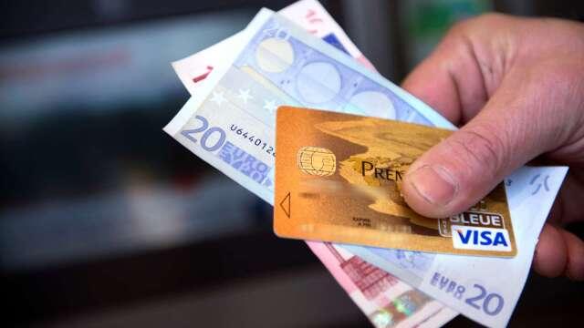 〈財報〉Visa Q2營收獲利佳 取消全年財測盤後股價小跌(圖片:AFP)