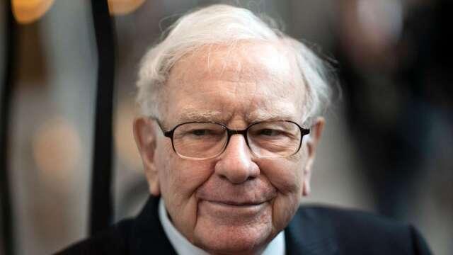 與巴菲特唱反調!Cramer:動蕩時期 挑個股比一籃子股票好(圖片:AFP)