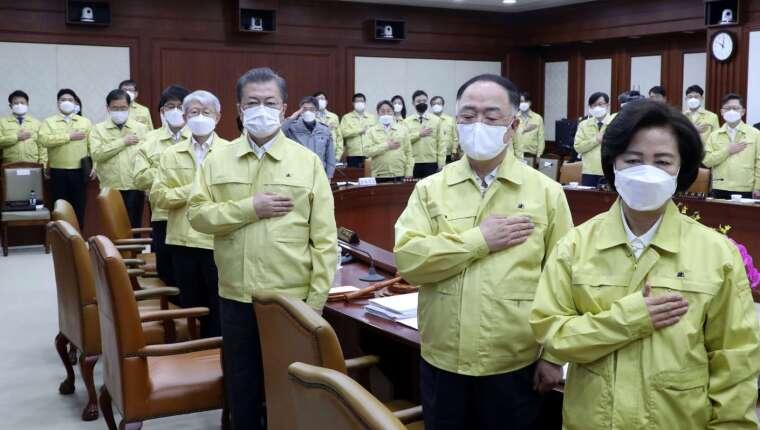 南韓疫情趨穩 6 日起大膽解除社交距離 (圖片:AFP)