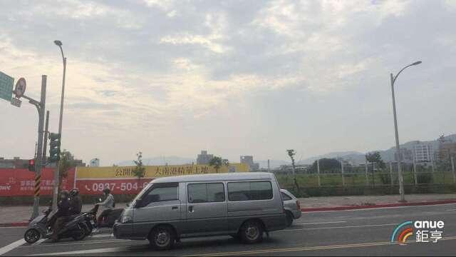 大南港案創全台第二大金額土地交易, 台北新東區門戶2.0正發酵。(鉅亨網記者張欽發攝)