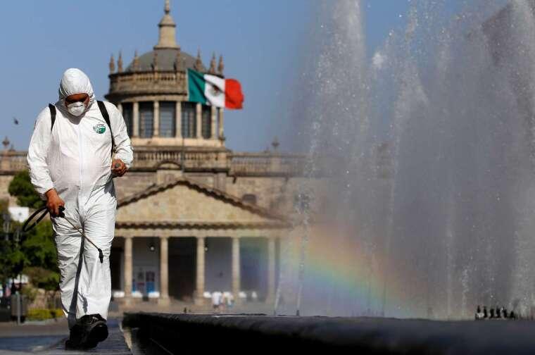疫情重挫墨國、巴西汽車業 4 月產量暴減 99% (圖片:AFP)