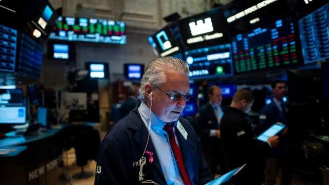 別太樂觀!分析師:美股反彈不意味著經濟V型復甦(圖片:AFP)