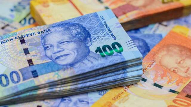 滿手南非幣,理想組合在哪裡?(圖:shutterstock)