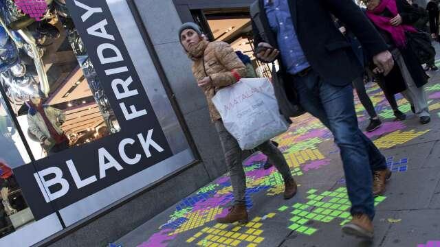 美4月零售銷售 估較上月下滑11.4%   (圖片:AFP)