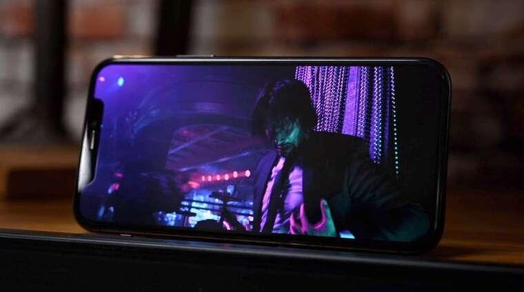 最小的 iPhone 12 將採用三星的 5.4 英吋 OLED 面板。(圖片:翻攝 Appleinsider)