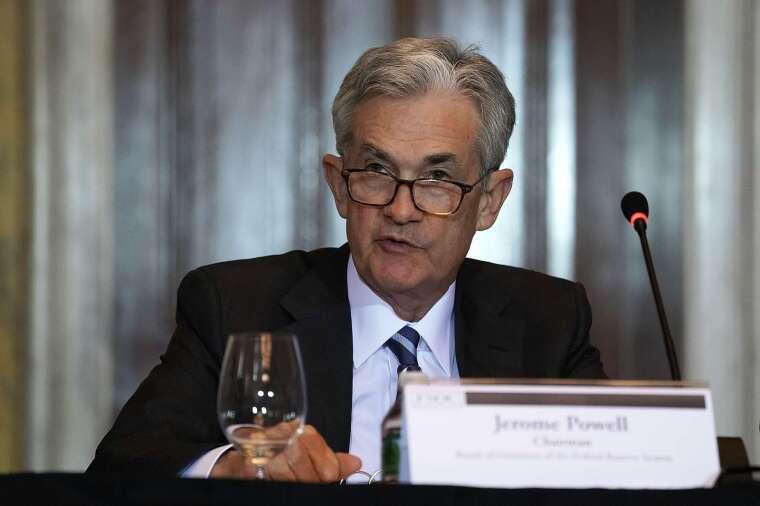 聯準會 (Fed) 主席鮑爾於聽證會中保證,如果經濟放緩,聯準會準備採取更多行動。(圖片:AFP)