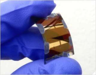 可彎曲的新型鈣鈦礦電池 (圖片:fraunhofer)
