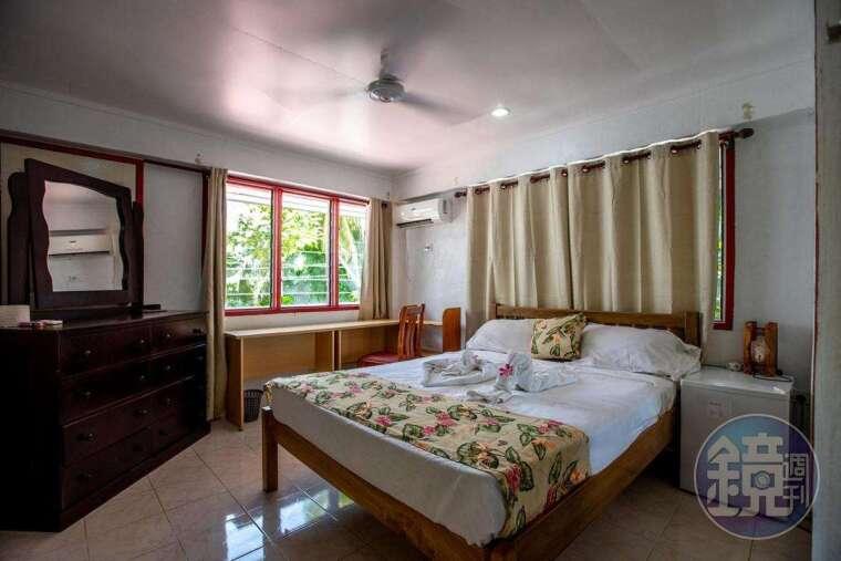 旅店房間簡單但很舒適,已經算是吐國最高級的房間了。